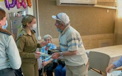 Holocaust Survivor Day Programs Return